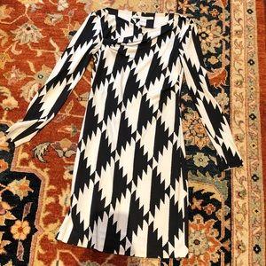 Diane von Furstenberg houndstooth knit dress